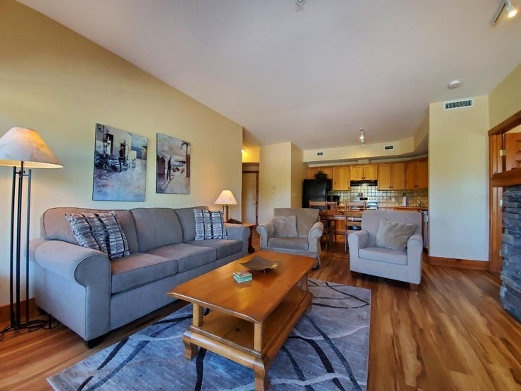 213 - 701 14A CRESCENT - Invermere Apartment for sale, 2 Bedrooms (2458339)