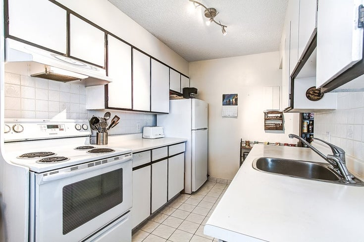 1107 4160 SARDIS STREET - Central Park BS Apartment/Condo for sale, 2 Bedrooms (R2205782)