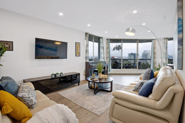 1209 2024 FULLERTON AVENUE - Pemberton NV Apartment/Condo for sale, 2 Bedrooms (R2621704)
