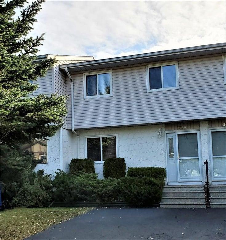 33 C Mt Trinity Avenue - Fernie Row / Townhouse for sale, 3 Bedrooms (2441313)