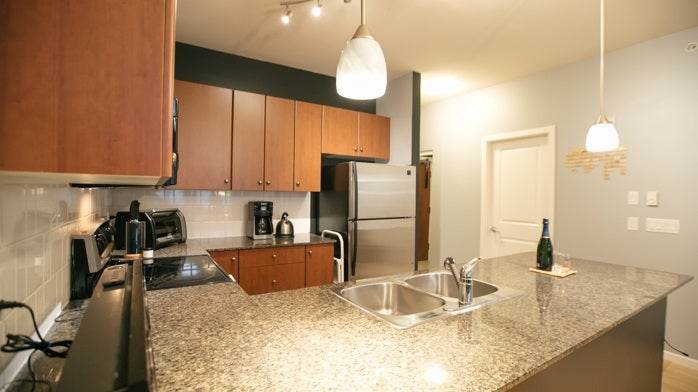 406 10180 153RD STREET - Guildford Apartment/Condo for sale, 2 Bedrooms (R2257640)