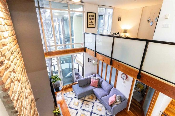 312 10 RENAISSANCE SQ SQUARE - Quay Apartment/Condo for sale, 2 Bedrooms (R2526855)