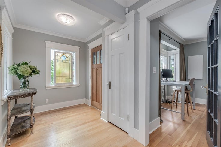 850 Hendry Ave, North Vancouver - Calverhall House/Single Family for sale, 6 Bedrooms