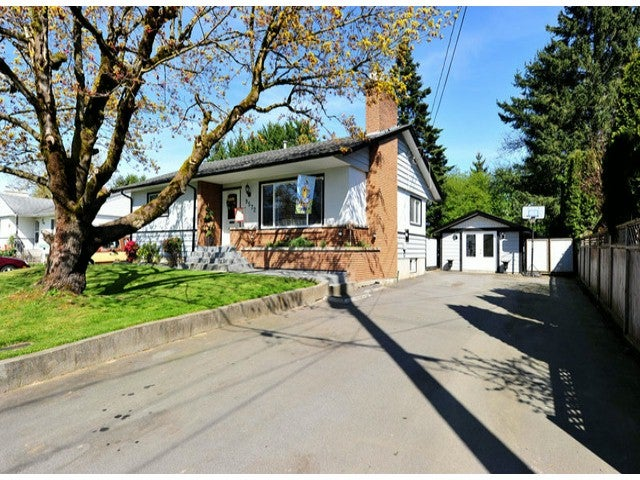 9572 WINDSOR ST - Chilliwack E Young-Yale House/Single Family for sale, 4 Bedrooms (H1301622)
