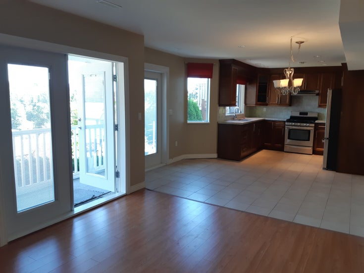 3208 Sylvia Place, Coquitlam - Westwood Plateau House/Single Family for sale, 2 Bedrooms (SPACIOUS 2 BED SUITE FOR RENT!)