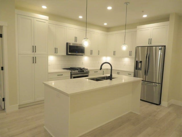 206 22638 119th Ave - East Central Apartment/Condo for sale, 2 Bedrooms