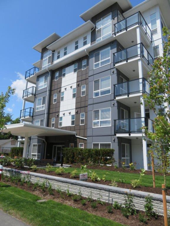 West Central Maple Ridge - West Central Apartment/Condo for sale, 2 Bedrooms (GORGEOUS 1 YEAR YOUNG 2 BED/2 BATH IN CENTRAL MAPLE RIDGE)