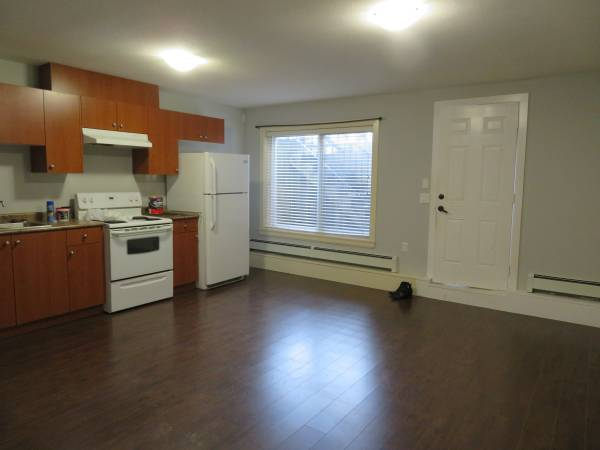 19498 72nd Ave, Surrey - other House/Single Family for sale, 2 Bedrooms (2 BEDROOM BASEMENT SUITE)