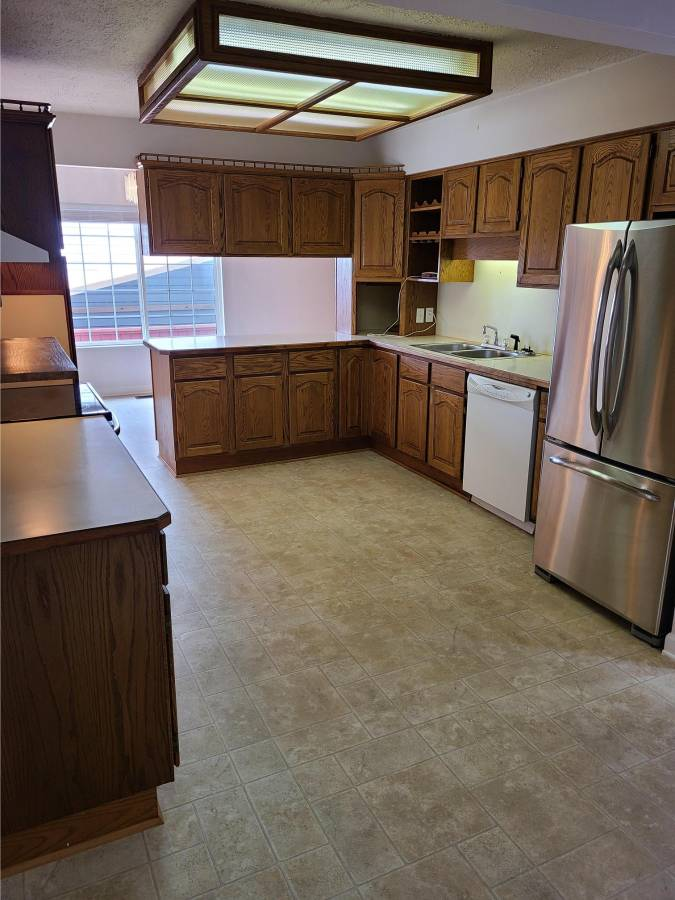 20365 116 Ave Suit 1 - West Central House/Single Family for sale, 3 Bedrooms