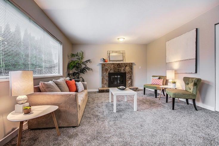 Cherrington Street, Maple Ridge V2X8R2 - other House/Single Family for sale, 3 Bedrooms (RENOVATED 3 BEDROOM + DEN/3 BATHROOM HOUSE)