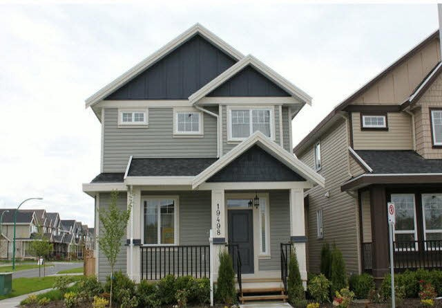 Upper 19498 72nd Avenue, Surrey - Clayton House/Single Family for sale, 3 Bedrooms (BEAUTIFUL 3 BEDROOM/3 BATHROOM HOME IN CLAYTON)