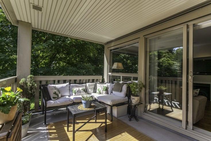 210 801 Klahanie - North Shore Pt Moody Apartment/Condo for sale, 2 Bedrooms