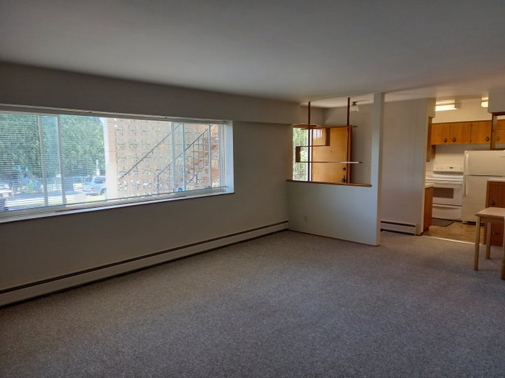 Winch Street - Brentwood Park Apartment/Condo for sale, 2 Bedrooms
