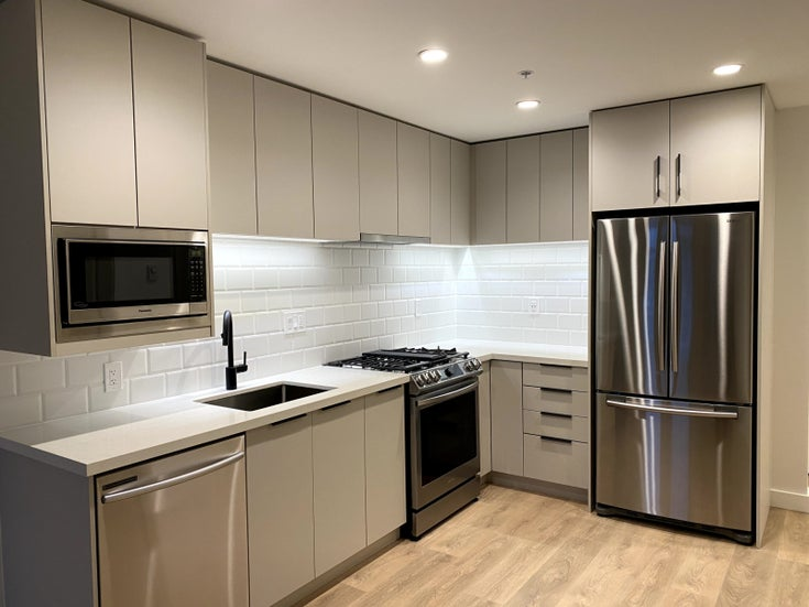515 3038 St George Street - North Shore Pt Moody Apartment/Condo for sale, 1 Bedroom