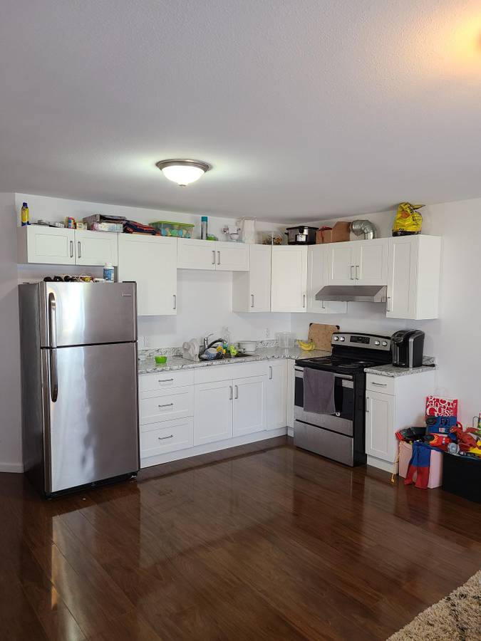 1007 Stewart Ave Suite 1 - Maillardville House/Single Family for sale, 2 Bedrooms