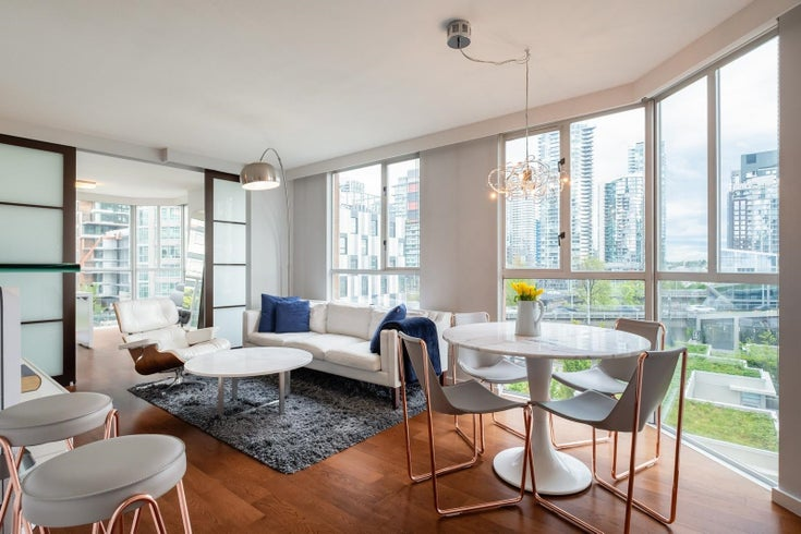 703 888 PACIFIC STREET - Yaletown Apartment/Condo for sale, 2 Bedrooms (R2613431)