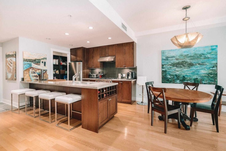 312 1477 W 15TH AVENUE - Fairview VW Apartment/Condo for sale, 2 Bedrooms (R2605282)