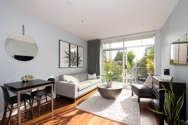 PH6 - 1477 W 15th AVENUE - Fairview VW Apartment/Condo for sale, 2 Bedrooms (R2615033)
