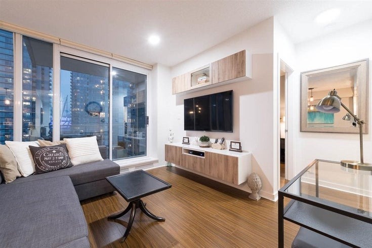 1808- 188 Keefer Place, Vancouver - Downtown VW Apartment/Condo for sale, 1 Bedroom (R2204575)