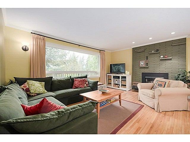 4122 DOLLARTON HY - Dollarton House/Single Family for sale, 4 Bedrooms (V1103436)