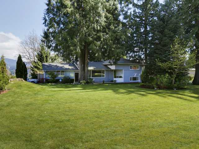 698 FAIRWAY DR - Dollarton House/Single Family for sale, 3 Bedrooms (V1117092)