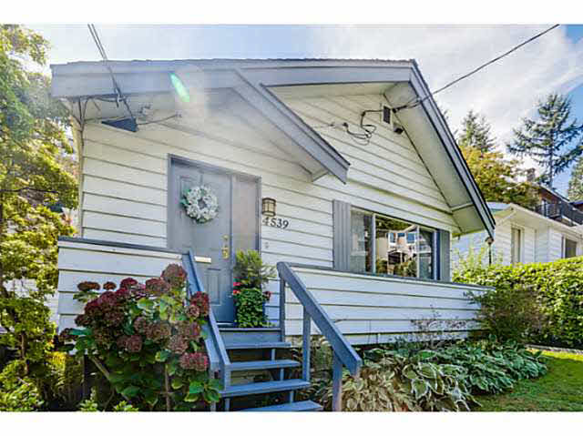 4539 STRATHCONA ROAD - Deep Cove House/Single Family for sale, 3 Bedrooms (V1142905)
