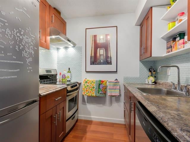 1317-2012 Fullerton Avenue - Pemberton NV Apartment/Condo for sale(R2044045)