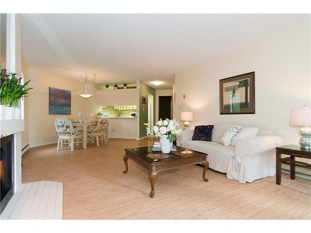 # 104 3191 MOUNTAIN HY - Lynn Valley Apartment/Condo for sale, 2 Bedrooms (V1072004) #7