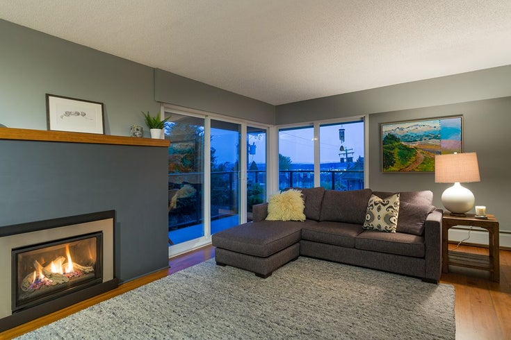 305 1515 CHESTERFIELD AVENUE - Central Lonsdale Apartment/Condo for sale, 2 Bedrooms (R2433106)