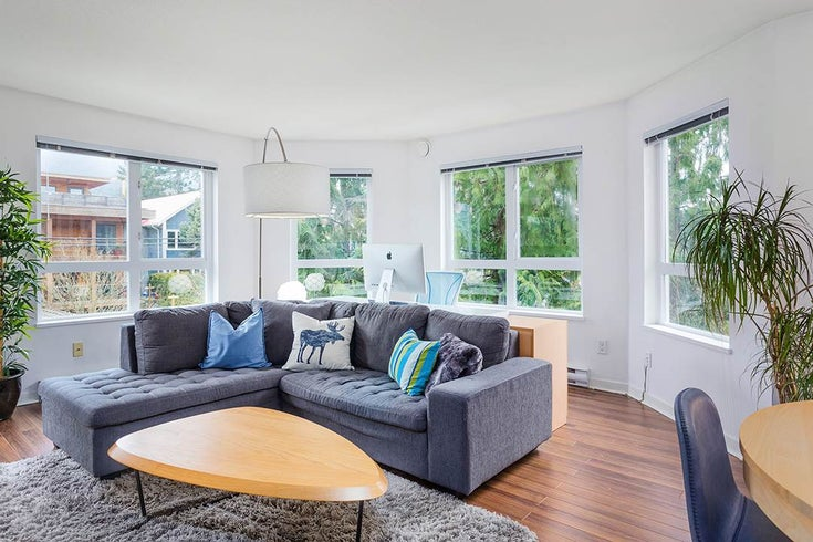 303 183 W 23RD STREET - Central Lonsdale Apartment/Condo for sale, 2 Bedrooms (R2547265)