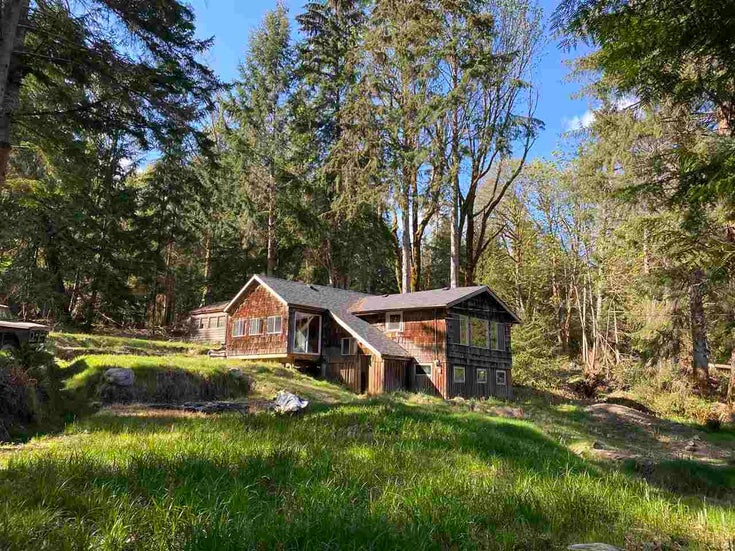 943 THE GROVE ROAD - Gambier Island House/Single Family for sale, 1 Bedroom (R2571172)