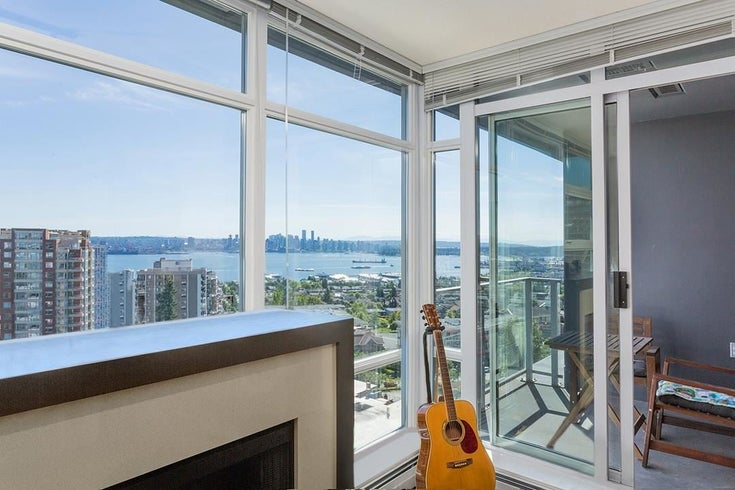 1305 158 W 13TH STREET - Central Lonsdale Apartment/Condo for sale, 2 Bedrooms (R2588681)