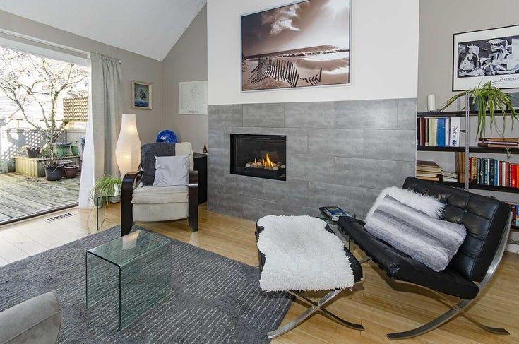 11 230 W 15TH STREET - Central Lonsdale Townhouse for sale, 4 Bedrooms (R2506450)