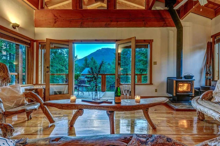 6344 EASY STREET - Whistler Cay Estates House/Single Family for sale, 5 Bedrooms (R2470685)