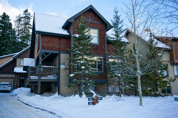 903, 109 Armstrong Place - Three Sisters Detached for sale, 3 Bedrooms (A1057827)
