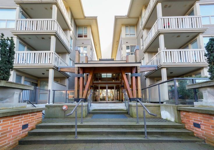 310 801 Klahanie Drive - Port Moody Centre Apartment/Condo for sale(R2038374)