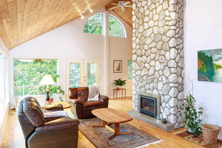 1537 WHITESAILS DRIVE - Bowen Island House/Single Family for sale, 5 Bedrooms (R2419112)
