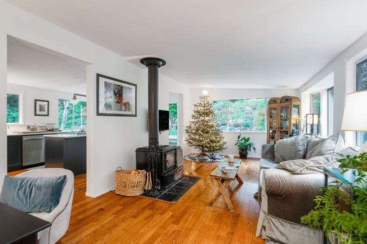 1516 Tunstall Boulevard - Bowen Island House/Single Family for sale, 2 Bedrooms (R2524438)