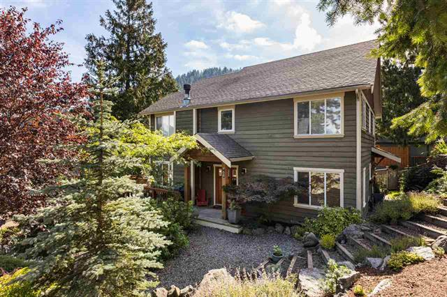 968 Seaview Place - Bowen Island House/Single Family for sale, 4 Bedrooms (R2407444)