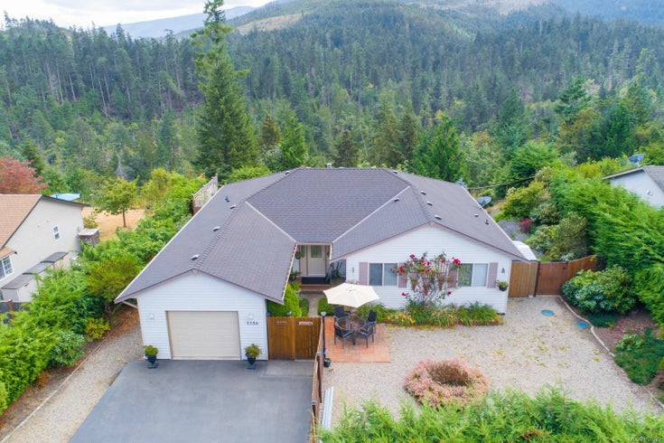 1756 Country Rd - PQ Little Qualicum River Village Single Family Detached for sale, 3 Bedrooms (851029)