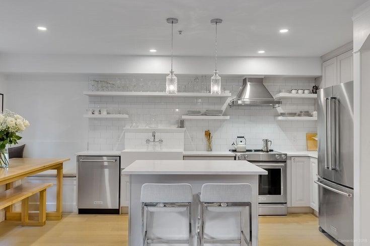6 3036 W 4TH AVENUE - Kitsilano Apartment/Condo for sale, 2 Bedrooms (R2476503)