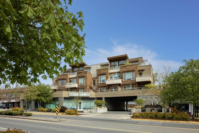 302 7161 West Saanich Rd - CS Brentwood Bay Condo Apartment for sale, 2 Bedrooms (873901)