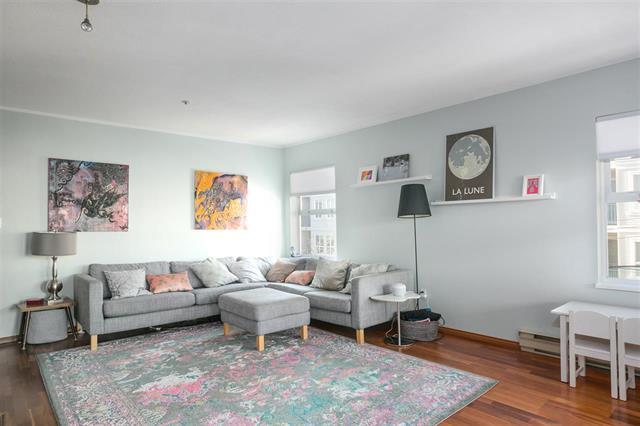 301 668 W 16TH AVENUE - Cambie Apartment/Condo for sale, 2 Bedrooms (R2131468)