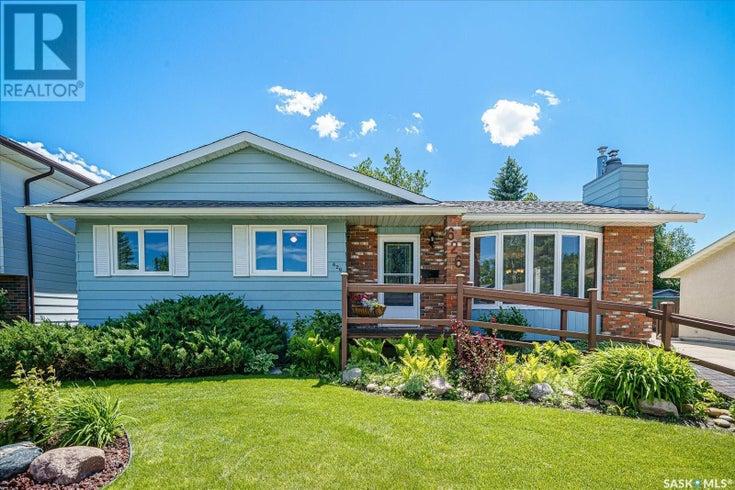 626 Highlands CRES - Saskatoon House for sale, 5 Bedrooms (SK859976)
