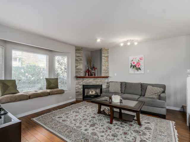 # 2 247 E 6TH ST - Lower Lonsdale Townhouse for sale, 3 Bedrooms (V1110407) #2