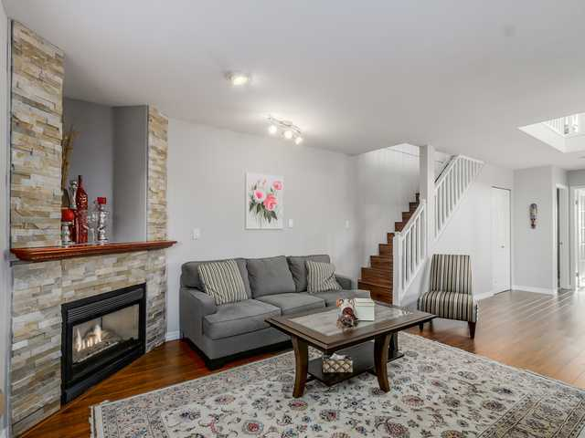 # 2 247 E 6TH ST - Lower Lonsdale Townhouse for sale, 3 Bedrooms (V1110407) #3
