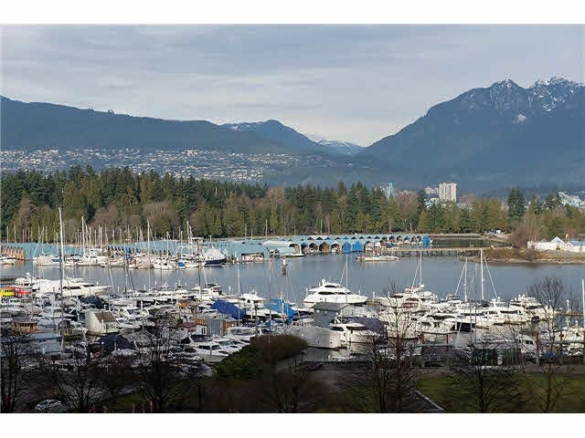 701 1277 MELVILLE STREET - Coal Harbour Apartment/Condo for sale, 2 Bedrooms (R2015542) #1