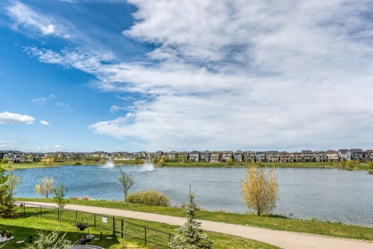 66 Legacy Green SE - Legacy Detached for sale, 4 Bedrooms (A1113317)
