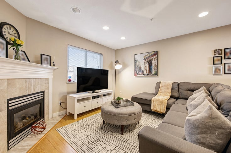 5 1233 W 16th Street - Norgate Townhouse for sale, 3 Bedrooms (R2572213)