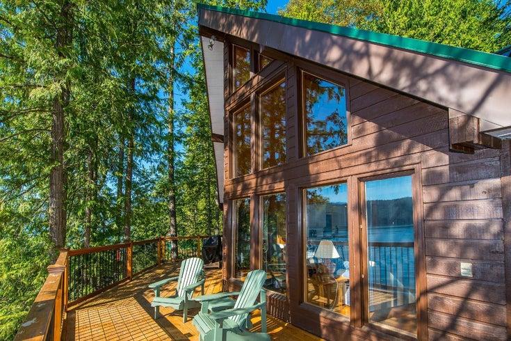 14803 HIGHWAY 3A - Gray Creek for sale, 3 Bedrooms (2453456)